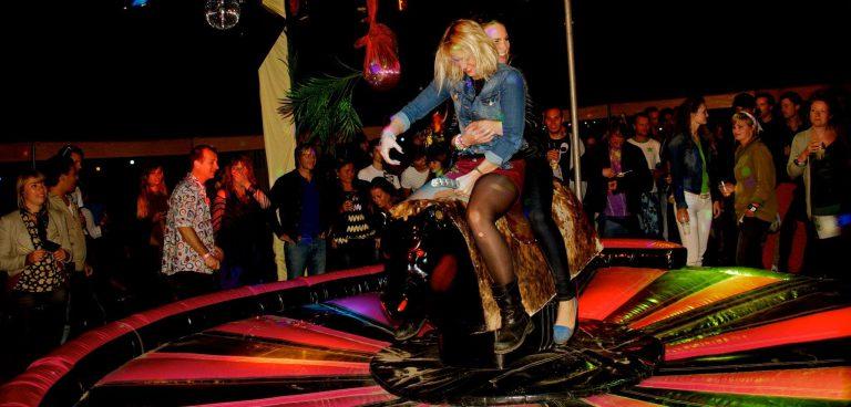 rodeo stier huren Zwolle