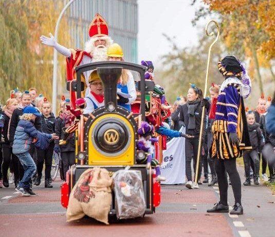 Mini Express Kindertrein intocht Sinterklaas