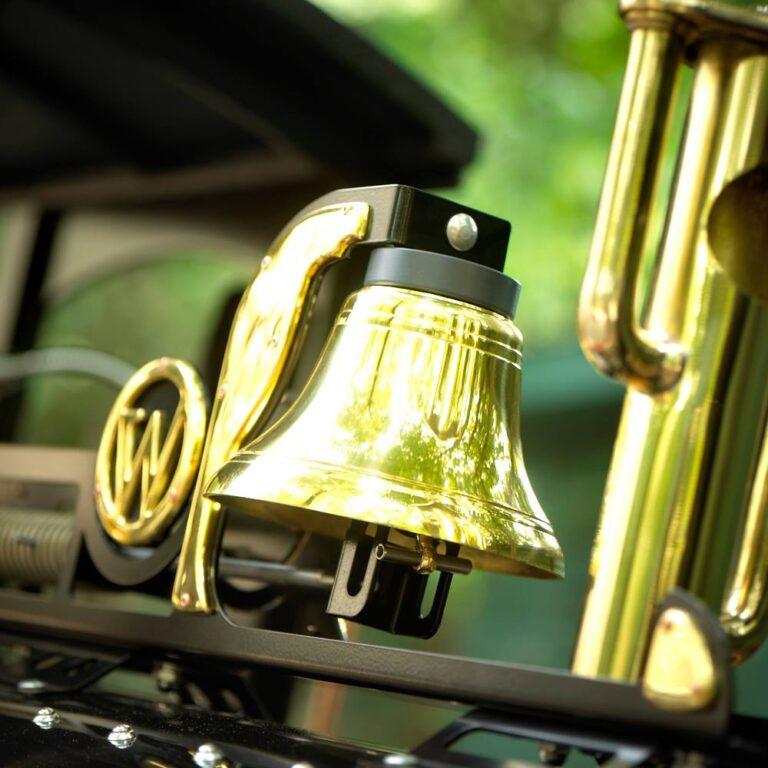 Blinkende bel op nostalgische locomotief