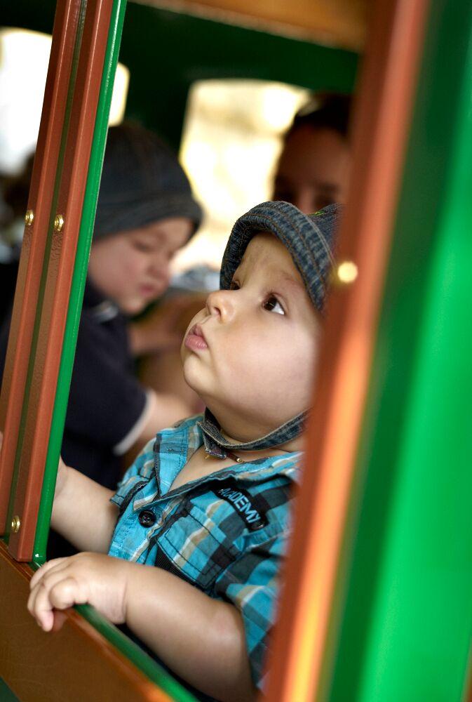 Luxe Kindertrein huren met 24 kinderzitplaatsen